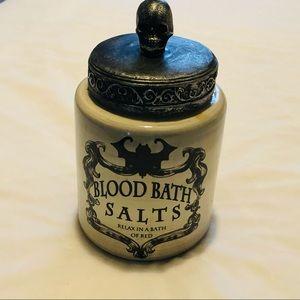 🎃 HALLOWEEN DECOR BLOOD BATH SALTS CANISTER 🎃